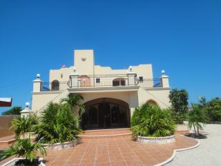 Castillito Kin Nah - Celestun vacation rentals