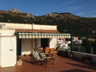 Attico Panoramico nel centro storico di Anacapri - Anacapri vacation rentals