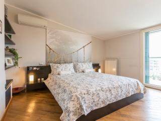 Apartment rental in Navigli-Canals area - Milan vacation rentals