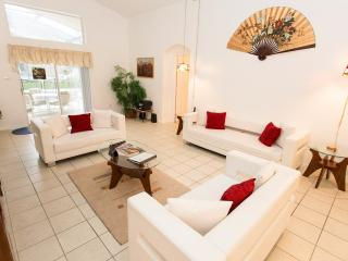 Lovely 5BR home with pool by Disney Kissimmee - Kissimmee vacation rentals