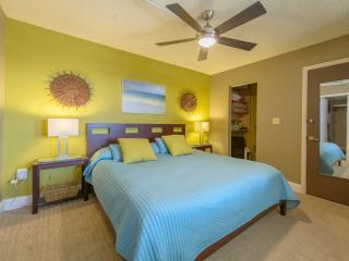 Luxurious Modern 7th Floor Suite on Bonita Beach - Bonita Springs vacation rentals