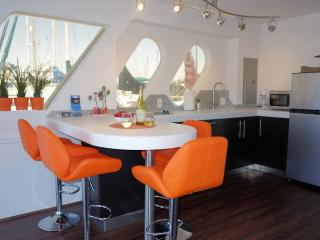 San Diego Bay Vacation Houseboat - Pacific Beach vacation rentals