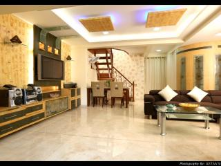 Royal Duplex Suite in Decent Cost - Mumbai (Bombay) vacation rentals