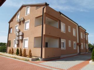 2beds apartment Tia, sleeps 6 - Island Ugljan vacation rentals