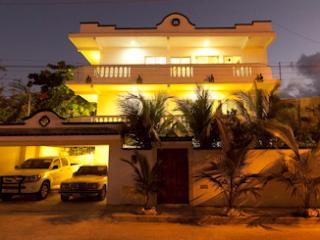 Puerto Morelos House, One bedroom apartments - Puerto Morelos vacation rentals