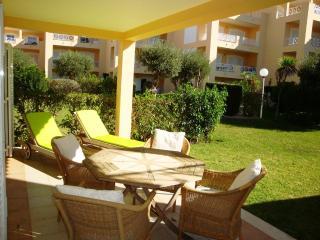 V2 Ellegance - Quarteira vacation rentals