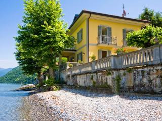 Villa Chicca, Sleeps 8 - Lezzeno vacation rentals