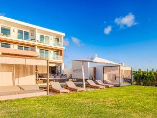 Kishti on Meads East, Sleeps 8 - Limestone Bay vacation rentals