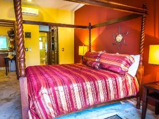 OPULENT PASEO DEL SOL CONDO - THE CORAL 107 - Playa del Carmen vacation rentals