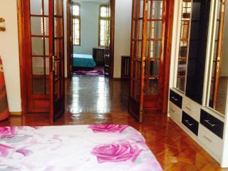 comfort suites faryna - Bucharest vacation rentals