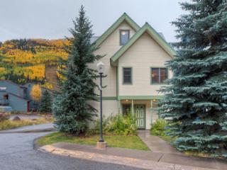 Bachman Village #19 (4 bedrooms, 3.5 bathrooms) - Telluride vacation rentals