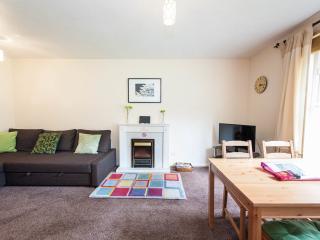 Tytler Gardens Apartment - Quiet Central Location - Edinburgh vacation rentals