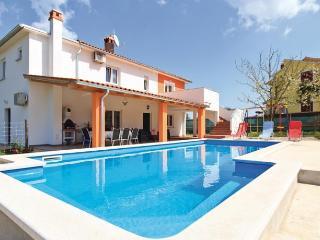 Luxury villa -great price at September - Barban vacation rentals