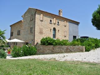 Casolare Re Sole Room 2 - Montottone vacation rentals