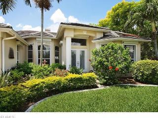 Villa La Belle - Romantic Waterfront Home - Cape Coral vacation rentals