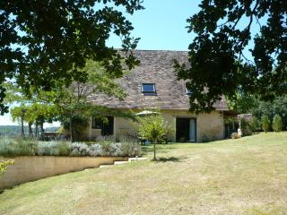 Le Tournant - Thenon vacation rentals