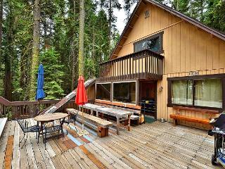 2BR/1BA Classic West Shore Cabin, Big Sky and Views, Sleeps 5 - Homewood vacation rentals