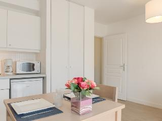 Modern and bright studio - Pléneuf-Val-André vacation rentals