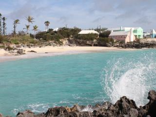 Modern with Views, Beach,Tennis, Squash,Golf +more - Smith's vacation rentals