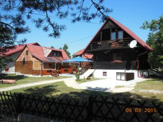 Familie TRAUBER A1 - Plitvice Lakes National Park vacation rentals