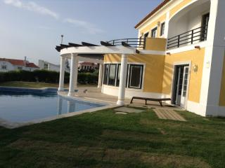 Villa, 150m to the sea, mountains, Sintra, Lisbon - Sintra vacation rentals