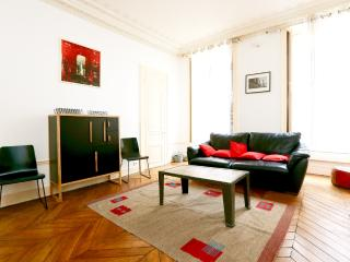 Large, hyper central family flat for 6 guests - P4 - Paris vacation rentals