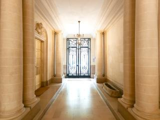 Splendid Duplex by Arc of triumph - P16 - Paris vacation rentals