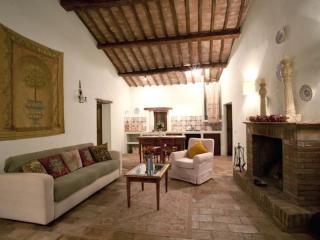Castello Valenzino, Relax in Umbria - Umbertide vacation rentals