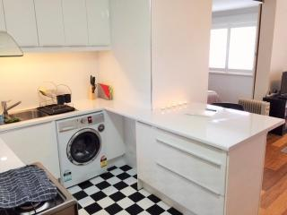 Newly Renovated Mount Lawley Apartment FREE WIFI - Mount Lawley vacation rentals