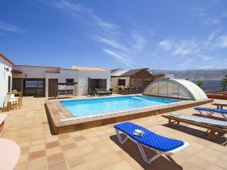 VILLA LILITA IN FAMARA FOR 10P - Famara vacation rentals