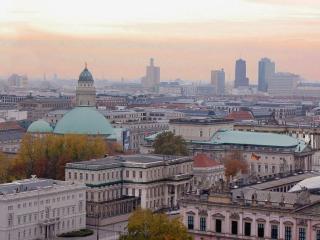 Diese geräumige Wohnung - Berlin vacation rentals