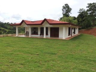 4 Bedroom, 2 Bath, Fully Furnished 2828 sf - San Isidro de El General vacation rentals