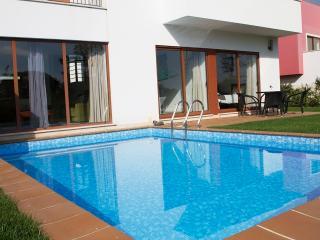 Casa perto da Lagoa - Obidos vacation rentals