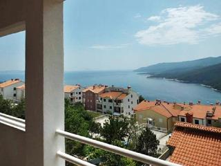 Two-bedroom apartment in Rabac, Istria, with views of the Adriatic Sea – minutes from the beach! - Rabac vacation rentals