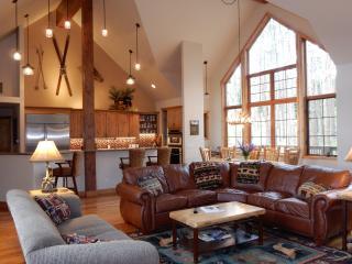 Highland Heaven, 4BR W/4.5 Baths, Hot Tub - Breckenridge vacation rentals