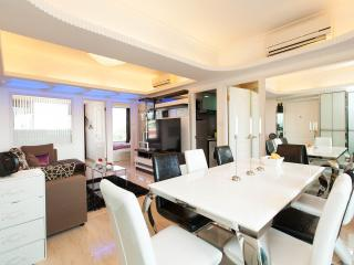 TickTock!LUXE PENTHOUSE SEAVIEW KOWLOON 4bed/3bath - Hong Kong vacation rentals