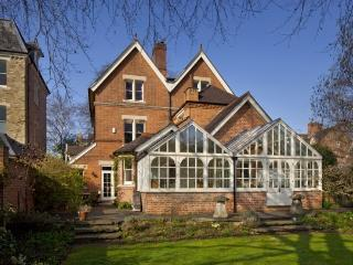 6 bed property to rent in gorgeous Oxford - Oxford vacation rentals