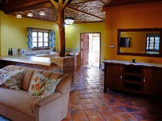 Camlann Cottages - Dumaguete City vacation rentals