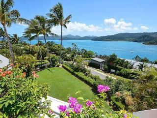 Bella Vista Exclusive Luxury 2 Bedroom Ocean View - Hamilton Island vacation rentals