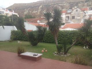 Apartment near the beach and close to Lisbon - Costa da Caparica vacation rentals