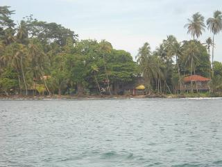 Oceanfront cabin - Amazing value and location! - Isla Bastimentos vacation rentals