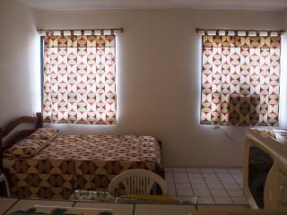 Studio em Recife a40metros da Praia - Jaboatao Dos Guararapes vacation rentals