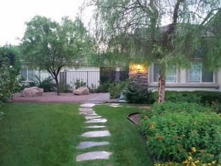 1 BDRM GUESTHOUSE/COTTAGE AFFORDABLE LAS VEGAS - Las Vegas vacation rentals