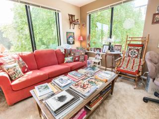 Maple Leaf Seattle One Bedroom, Private Bath - Seattle vacation rentals