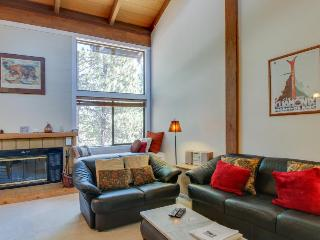 Northstar condo w/free shuttle to skiing, pools & hot tub! - Truckee vacation rentals