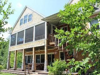 Lake Waukewan Luxury Waterfront (WOO22W) - Meredith vacation rentals
