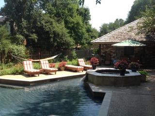 Private guest house near OU campus - Norman vacation rentals
