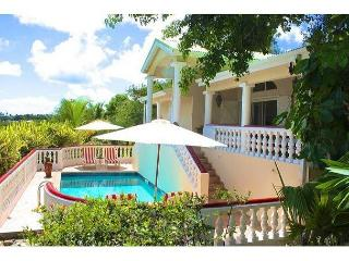 Three Bedroom Villa with pool a minute to Orient Beach. - Orient Bay vacation rentals