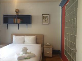 Old-School 3BR Comfort by Flatbook - Montreal vacation rentals