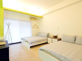 Ximending Star Horse 4 - Quad Comfort Room - 15 - Taipei vacation rentals